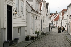 norway_stavanger_city_street_white_house-732654!d